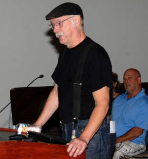(above) Bruce Johnson, tenant of Fillmore's Packinghouse Creative, voicing his frustrations at City Council regarding the red tagging of the building (the packing house at Sespe and A Street across from the fire station) back in August of this year. See Johnson's Letter to the Editor in the