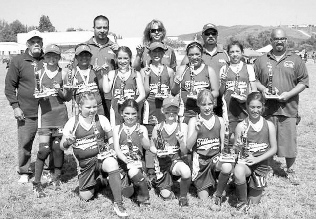 The 10 & Under All-Star Team went undefeated over the three day Memorial Day Weekend with wins against all-star teams from Ojai, Northridge, Thousand Oaks, Torrance and Simi Valley. Semi-Final and Championship play highlights included homeruns hit by Leah Meza, Bailey Huerta and Sierra Huerta.Bottom Row: Calista Godfrey-Vaca, Kayla Carrillo, Taylor Brown, Sonya Gonzales, Jada Avila. Middle Row: Emily Garnica, Sierra Huerta, Kayla Garcia, Bailey Huerta, Desiree Villanueva, Leah Meza. Top Row: Coaches - Joe Cabral, Santos Garcia(Mgr), Shelley Huerta, Frank Carrillo, and Tony Cervantes.