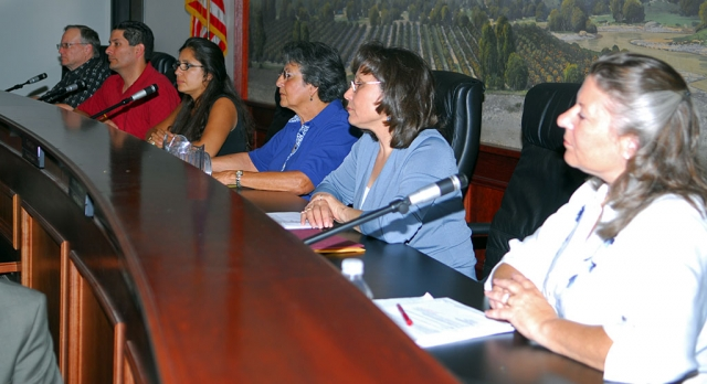 A joint School Board-City Council meeting was held Tuesday. Left to right, City Councilmember Scott Lee, school board member John Garnica, Councilmember Cecilia Cuevas, school board members Liz Wilde, Virginia De La Piedra, and Councilmember Patti Walker.