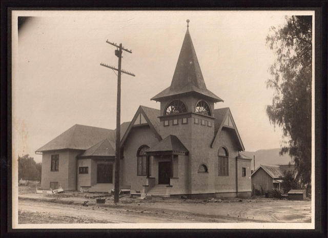 The First Presbyterian Church on Sespe and Clay Street. The original church building was destroyed by a fire in 1912. Photos courtesy Fillmore Historical Museum.