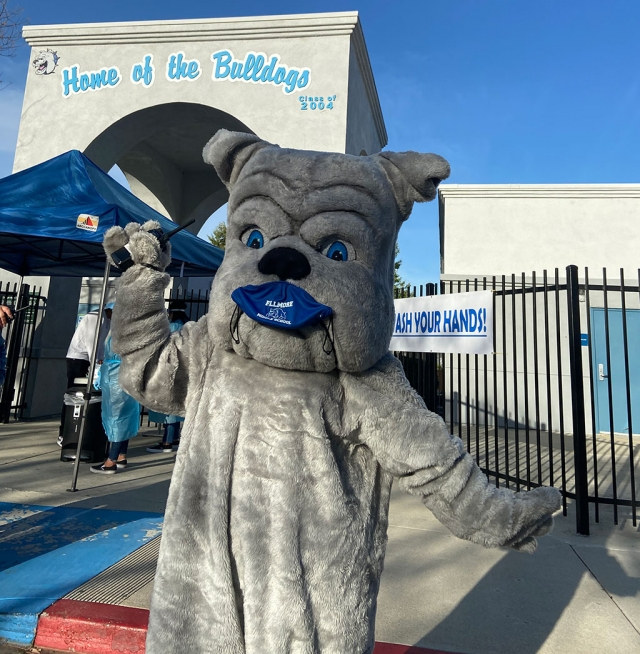 Fillmore Middle School mascot, the bulldog, was on campus to welcome students as they returned to campus.