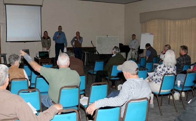 Wednesday, February 7th from 9:00am to 11:00am at the Veteran's Memorial Building the Fillmore & Piru Water Basins Groundwater Sustainability Agency held a FPBGSA Budget Workshop. Local residents were invited to come and share their thoughts with the Directors of the Agency as well as have their questions or concerns answered.
