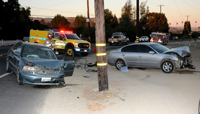 Wednesday, October 30th at 6pm a head on collision occurred between a Honda Civic and Nissan Altima at the corner of Bardsdale and Grimes Canyon Road. Cause of the accident is still under investigation.