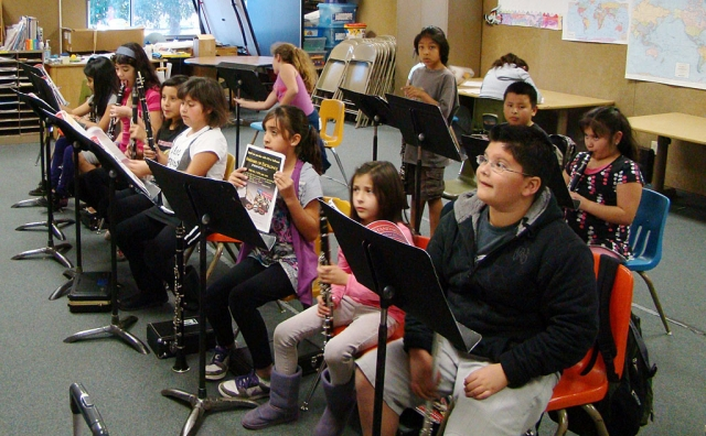 Mrs. Resor's band students at practice at San Cayetano.