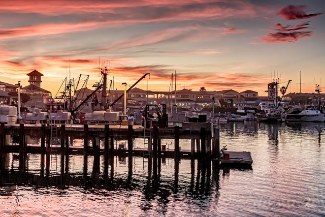 "Photo of the Week: (from the archives) ""Ventura Harbor at Sunset"" by Bob Crum. Photo data: Canon 7DMKII camera with Tamron 16-300mm lens @24mm. Exposure; ISO 1600, aperture f/11, 1/80 second shutter speed."