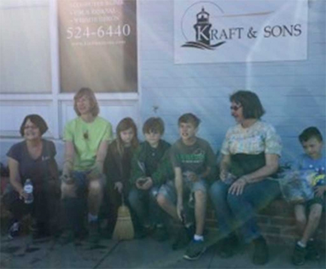 Pictured left to right are some of who participated in helping with the Civic Pride Committee Projects Karen Bagley, Cindy Klittich, Grace Mitchell, Michael Mitchell, Justin Fairall, Linda Nunes and grandson, Jacob Randall.