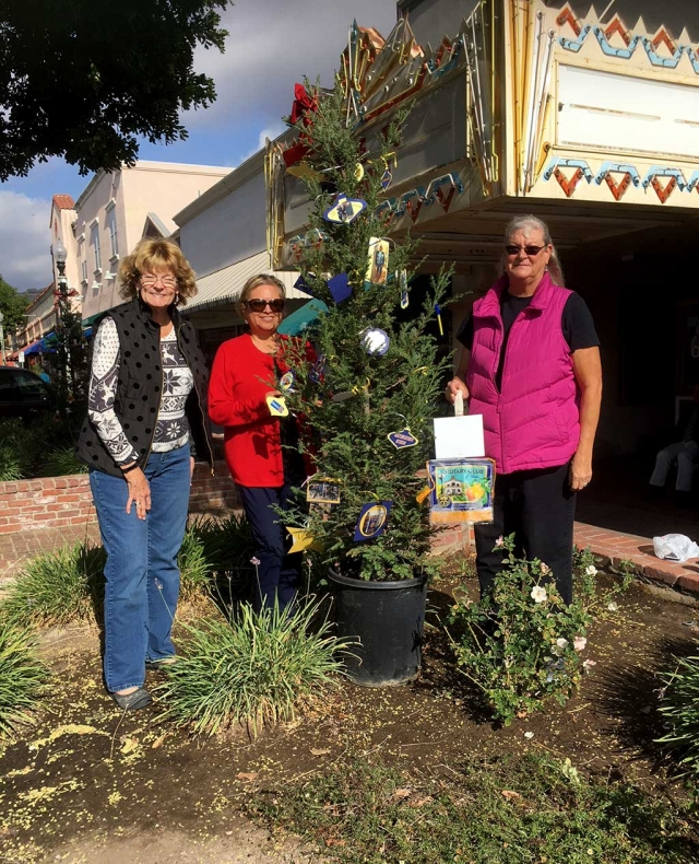 Pictured (l-r) are Fillmore Rotary Club members Martha Richardson, Ari Larson, and Cindy Blatt who were in charge of decorating this year's Rotary Christmas Tree on Central Avenue. Photo courtesy Martha Richardson.