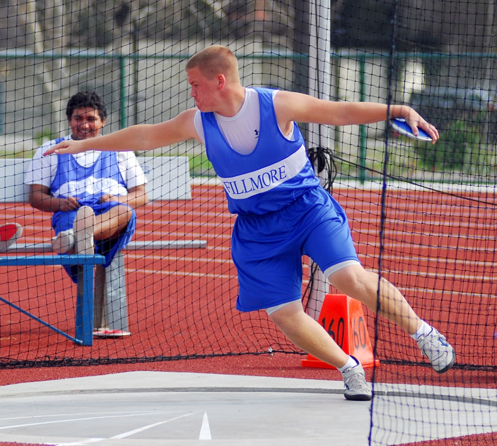 Cody Jackson throws the discus during last week's meet against Santa Paula.