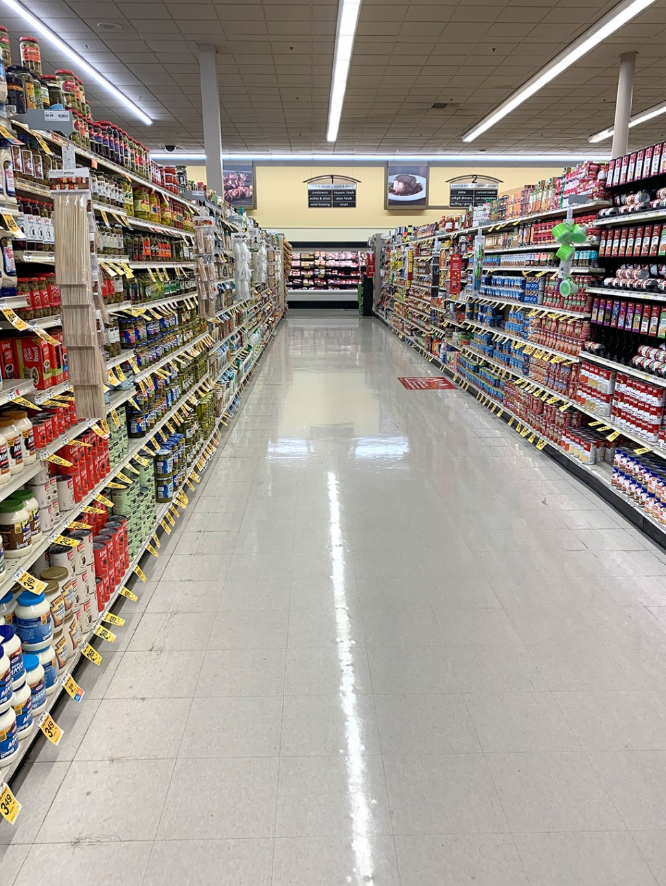 In order to keep with state guidelines, and for customers to maintain their social distance of six feet apart, Vons has